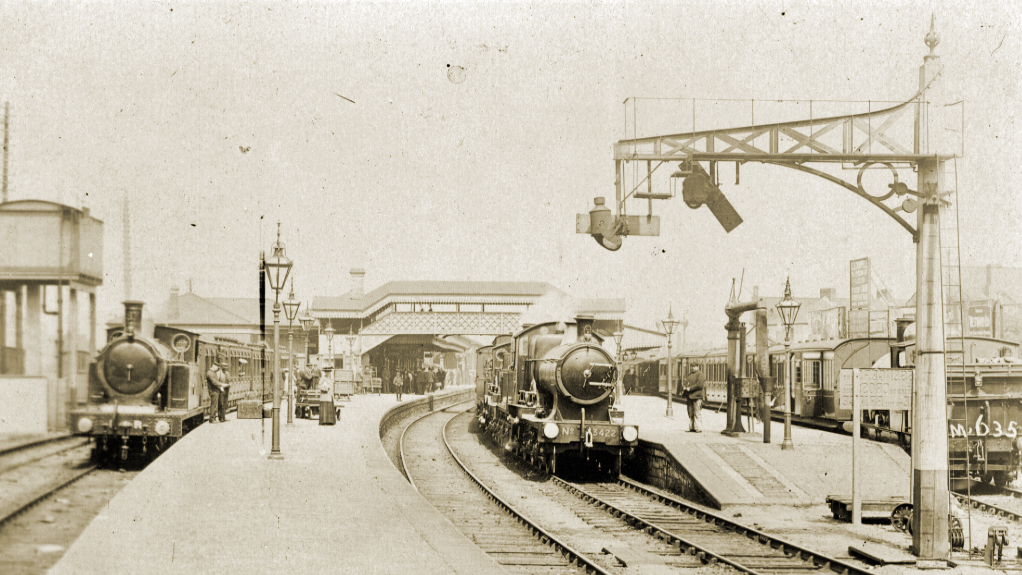 Bridgend Railway Station in the early 1900s