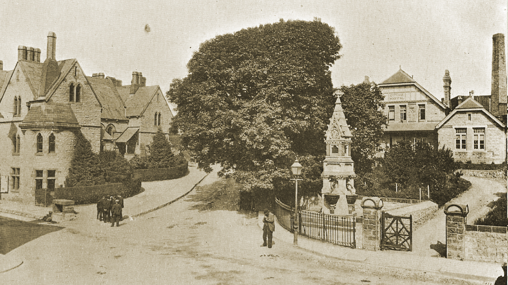 Court Road, Bridgend in the early 1900s